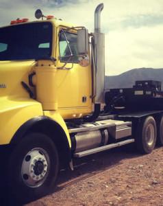 driving-semi-truck-in-arizona