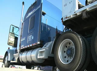 blue-semi-truck-rear-404004000089388903