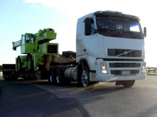 heavy-equipment-trucking