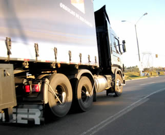 wheels-on-semi-truck