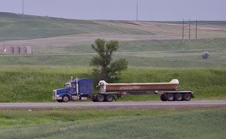 blue-semi-truck-hauling